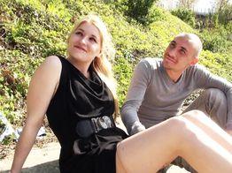 Sexe hard : la jeune salope Sarah goûte à la double pénétration !   IllicoPorno
