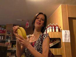 Jessica privilégie les gros légumes ! | IllicoPorno