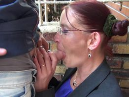 Sonia, mature décomplexée ! | IllicoPorno