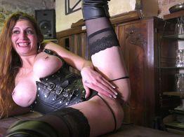 Candaulisme ambiance BDSM pou la salope Lana | IllicoPorno