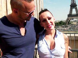 Lena, beurette cochonne, se fait défoncer avec vue sur la Tour Eiffel ! | IllicoPorno