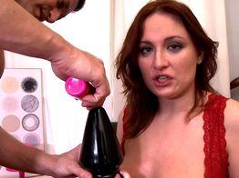 Eva s'octroie une sodomie profonde pour son premier casting ! | IllicoPorno
