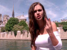 Une Anglaise à Paris | IllicoPorno