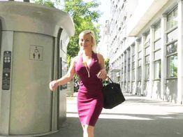 Caroline, femme pulpeuse à gros seins, se fait enculer ! | IllicoPorno