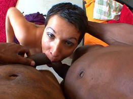Sofia, une milf salope obsédée par les blacks | IllicoPorno