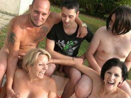 Partouze et gros seins ! | IllicoPorno