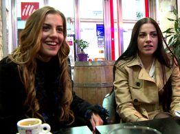 Sodomie et jeux de sexe avec les jumelles Eveline et Silvia | IllicoPorno